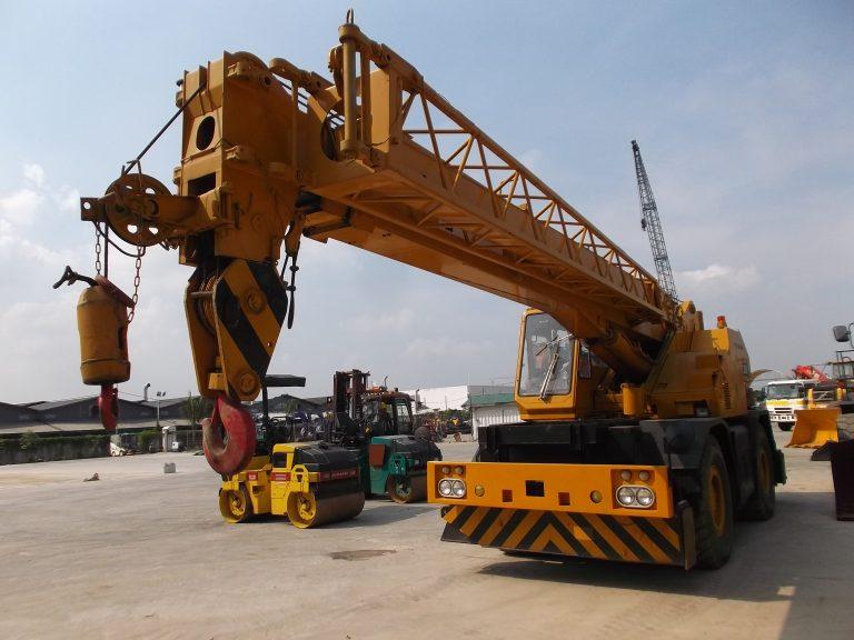 Tadano TR250M Rough Terrain Crane